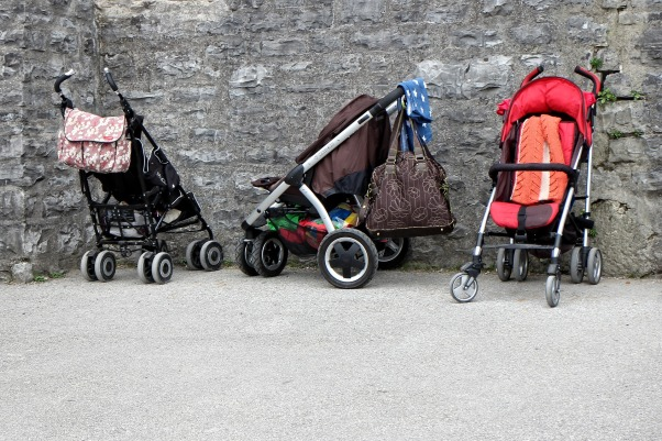 baby-carriage-891080_1920